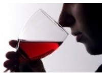 Cách chọn rượu vang ngon làm quà biếu cho ngày Tết